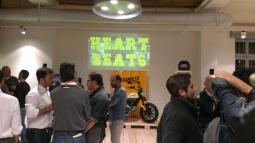 Proiezione del video a Milano durante la serata di presentazione della nuova scrambler Ducati